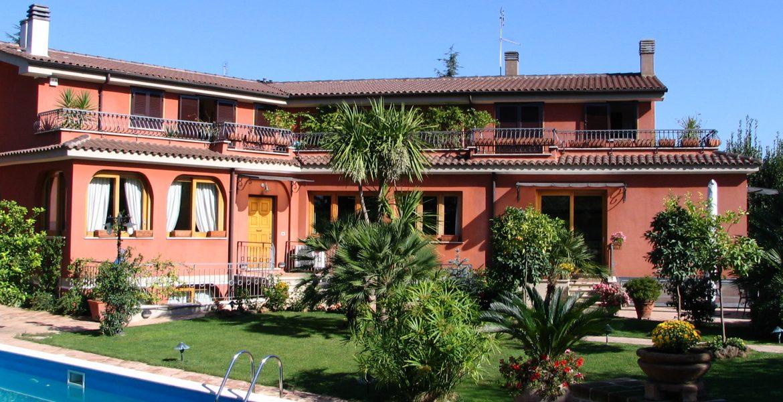 Villa in Via dei Casali Santovetti